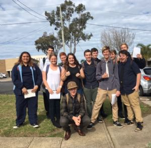 Gen-l students Kirsty Marlow Sheedy, Ryan Vandermay, Tom Burn, Daniel Holka, David, Spencer, Pheobe Lymburm, Janitta Larkham, Zac Luimes, Byron Lincon, Ryan Hayden and Harrison Mcpherson (front) on the trail of advice and support from den  business and community members.