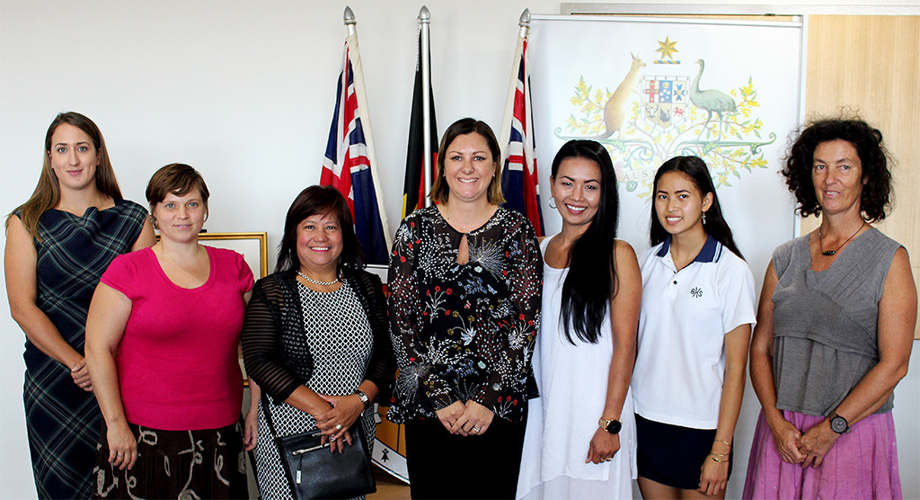 New Australian citizens Chloe Garrs, Shannon Woloshyn, Flordeliza Grealy, Kunya Goddard, Siriwan Namlee and Suzanne Milligan, with Mayor Cr Kristy McBain (centre) following Monday�s Citizenship ceremony.