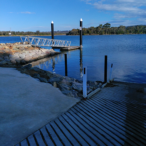 Mogareeka pontoon and boat ramp.