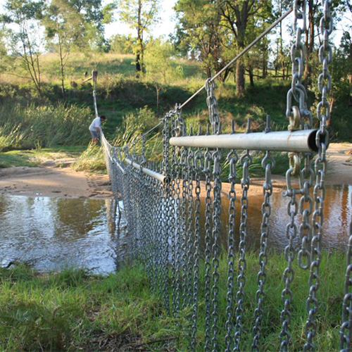 Bemboka Landcare received $3650 from the 2015/16 grants program to install a flood proof fence at the junction of Colombo Creek and Bemboka River, keeping cattle out of the sensitive Lowland Grassy Woodland of the Bemboka Reserve.