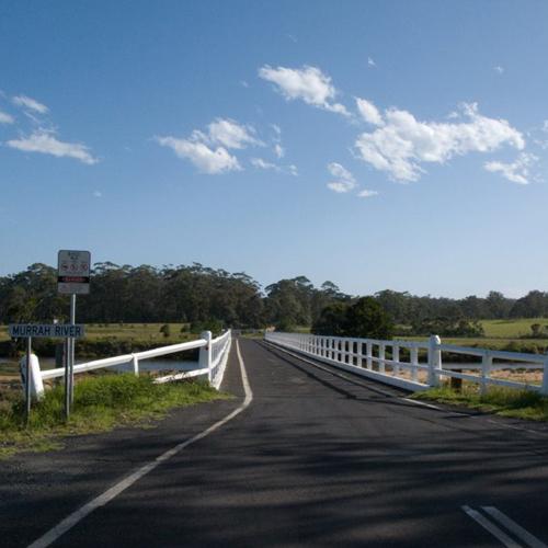 Image of Murrah Bridge.